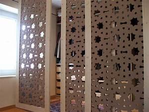 Fabriquer Un Dressing En Bois : le bois dans la d co papier peint et claustra bois ~ Dailycaller-alerts.com Idées de Décoration