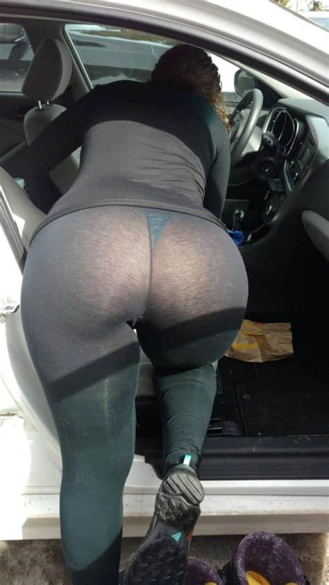 Big Booty In See Through Yoga Pants Hot Girls In Yoga Pants Sexy Yoga Pants And Sexy Leggings