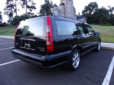 sell   volvo  xc cross country  wheel