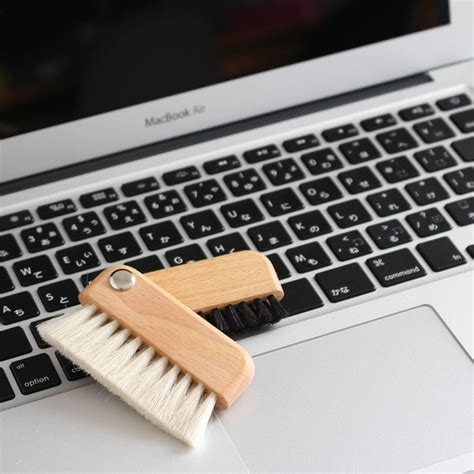 laptop computer cleaning brush  blue door