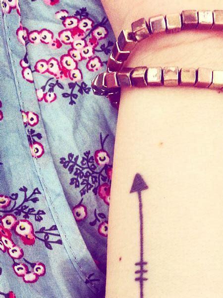 bedeutung pfeil welche bedeutung haben pfeil tattoos
