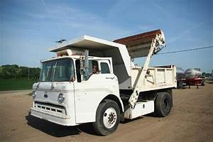 1989 Ford D800 Heavy Duty Dump Truck For Sale