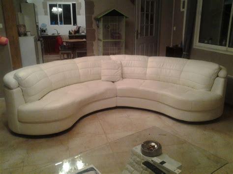 canap demi lune canapé demi lune en cuir blanc meubles décoration