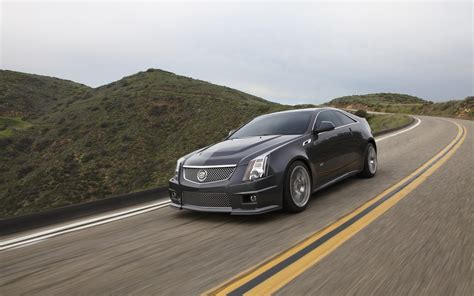 2018 Cadillac Cts V Coupe Motion 3 2560x1600 Wallpaper