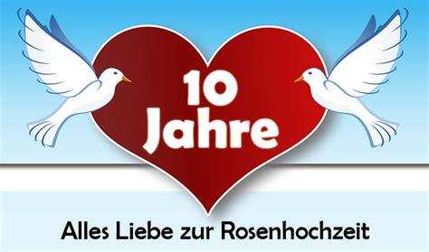 Zehn jahre sind vergangen, da ihr zum traualtar gegangen. Top 20 Glückwünsche Zum 10 Hochzeitstag Hölzerne Hochzeit ...