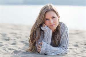 Girls Senior Portrait Beach Ideas
