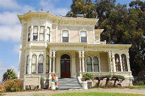 Oakland  Berkeley Hills Realty