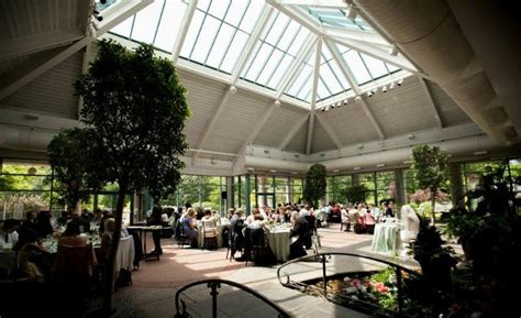 the atrium at meadowlark botanical gardens vienna va