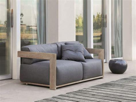 canapé jardin bois le canapé de jardin embellit votre espace extérieur