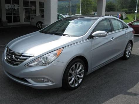 hyundai sonata limited  data info  specs