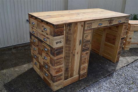 bureau en palette de bois bureau en bois de palette creation palette