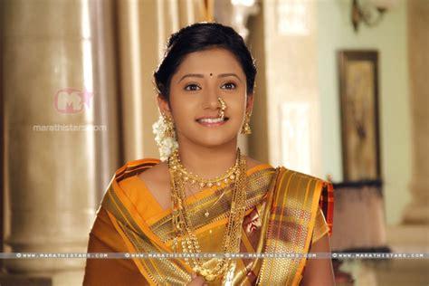 actress kalyani wedding date jui gadkari marathi actress photos wallpapers biography