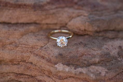 simple and minimalist engagement ring you want to bridalore