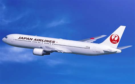 japan ai a adventures in japan japan airlines flight review manila to tokyo business