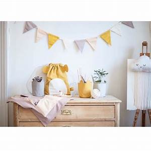Wimpelkette Stoff Kinderzimmer : girlande aus stoff in zartem lila gelb ros von fabelab herr und frau krauss shop und blog ~ Whattoseeinmadrid.com Haus und Dekorationen