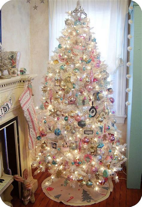 white decorated christmas tree pictures