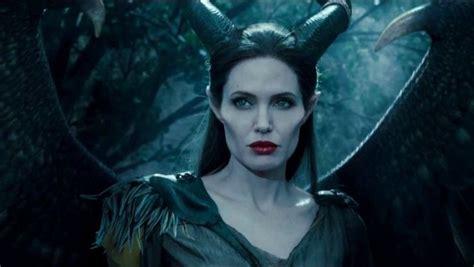 maleficent  teases battle  angelina jolie michelle