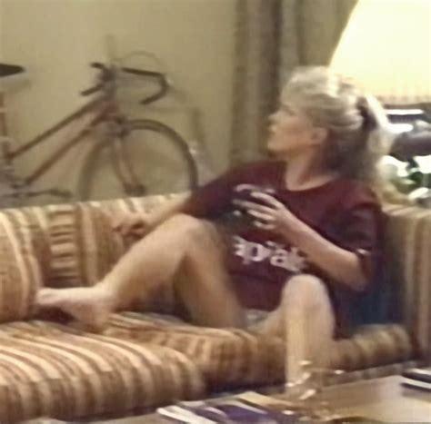 julia duffy nackt
