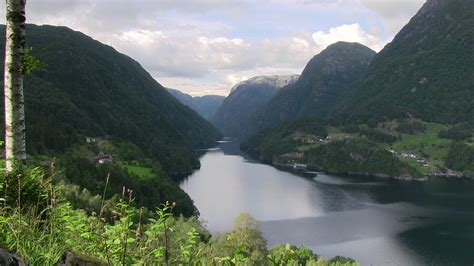Fjord Locations by Fjord Film Location Hardanger