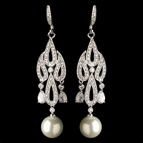 pearl chandelier earrings 8 chandelier bridal earrings every will