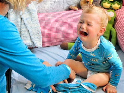 What Can I Do About My Toddlers Temper Tantrums Babycenter