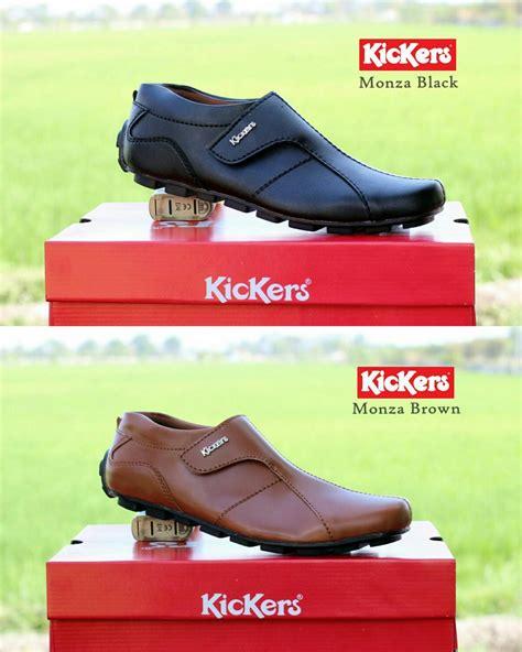 Jual Sepatu Santai Pria jual sepatu santai casual slop pria kickers keren modern
