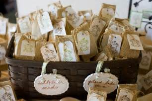 de lovely affair practical planning 7 simple burlap wedding ideas - Burlap Wedding Ideas