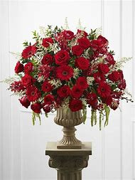 White Red Rose Flower Arrangements
