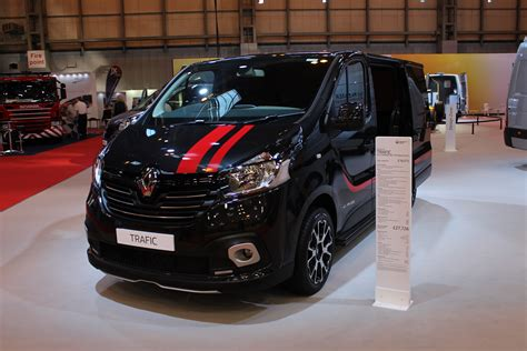 renault trafic 2016 renault trafic sport at the cv show 2016 commercial