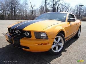 2007 Grabber Orange Ford Mustang V6 Premium Coupe #27850492 | GTCarLot.com - Car Color Galleries