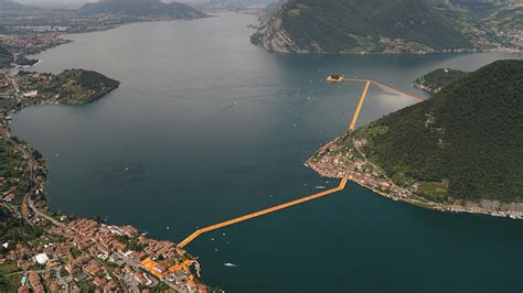 this floating walkway is christo s truly important