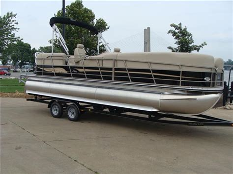 Boats For Sale In Iowa by Bentley Boats For Sale In Iowa