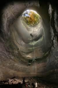 Neversink Pit Sinkhole Alabama