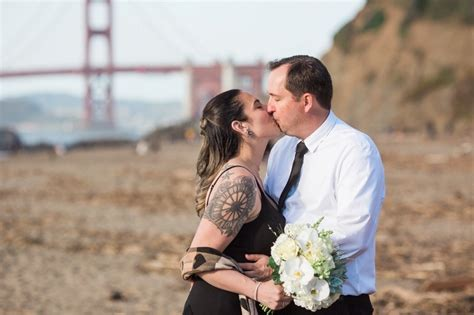 getting married in california ashley and chris san francisco beach elopement