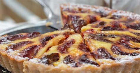 tarte aux prunes pate feuilletee recette la tarte aux prunes 224 l alsacienne cuisine et vins de