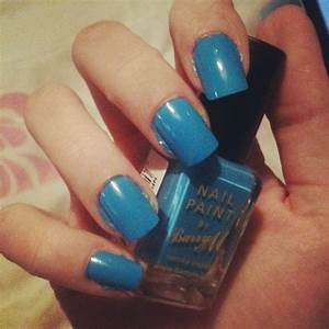 ditzy simple nail