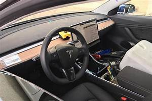 This Is What A $35,000 Tesla Model 3 Interior Looks Like | CarBuzz