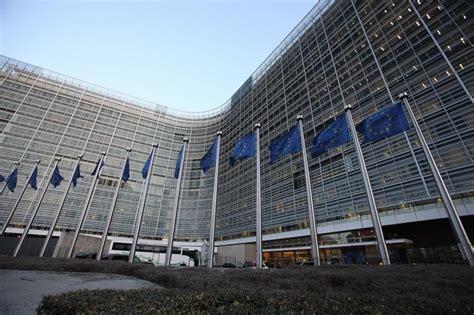 ou siege la commission europ馥nne la commission veut cr 233 er un 171 parquet europ 233 en 187 la croix
