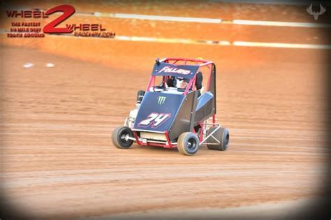 Picture from Michael F, CA   RacingGraphics.com