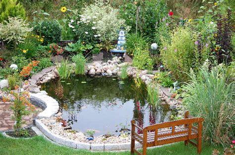 Gehölze Für Kleine Gärten by Garten 26413