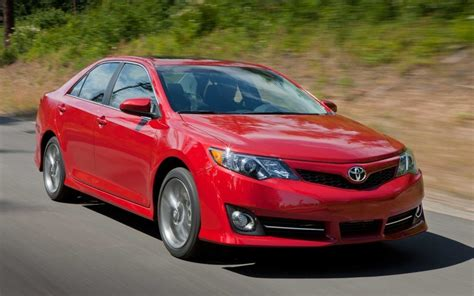 toyota camry  xle review