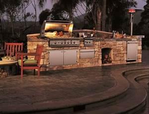 Outdoor Kitchen Selber Bauen : outdoor k che mit grill stein konstruktion holz ralf ~ Lizthompson.info Haus und Dekorationen