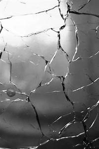 Cracked Screen Wallpapers IPhone Group (48+)