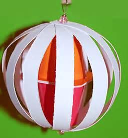 Boule De Noel A Fabriquer : boule de noel en papier maternelle ~ Nature-et-papiers.com Idées de Décoration