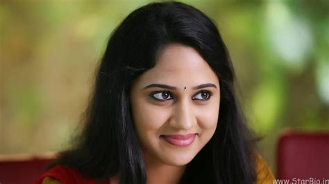 Miya Gimi George profile family, wiki, Age, Affairs ...