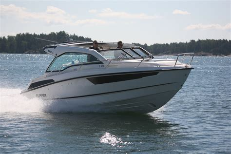 Cabin Cruiser Boats With Outboard Engines by 5 Of The Best Compact Cruisers Boats