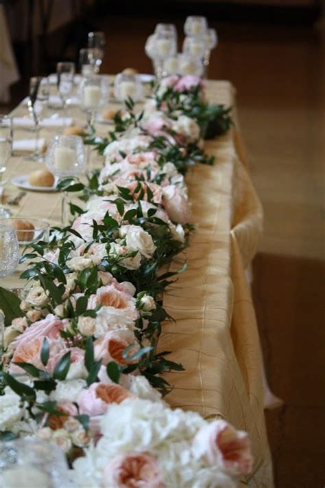 luxurious wedding table garlands weddingomania
