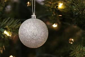 Free, Stock, Photo, Of, Silver, Ball, Ornament, On, Christmas, Tree