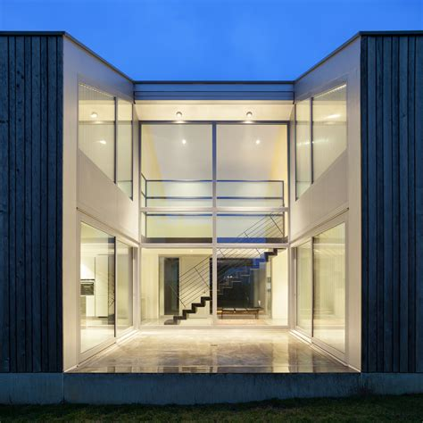 Design a Glass Curtain Wall That's Beautiful and Energy