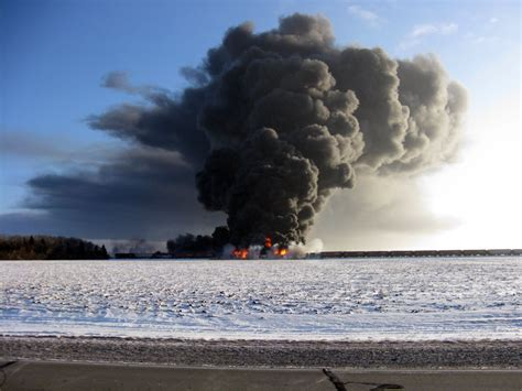 Casselton Residents Flee After Oil Train